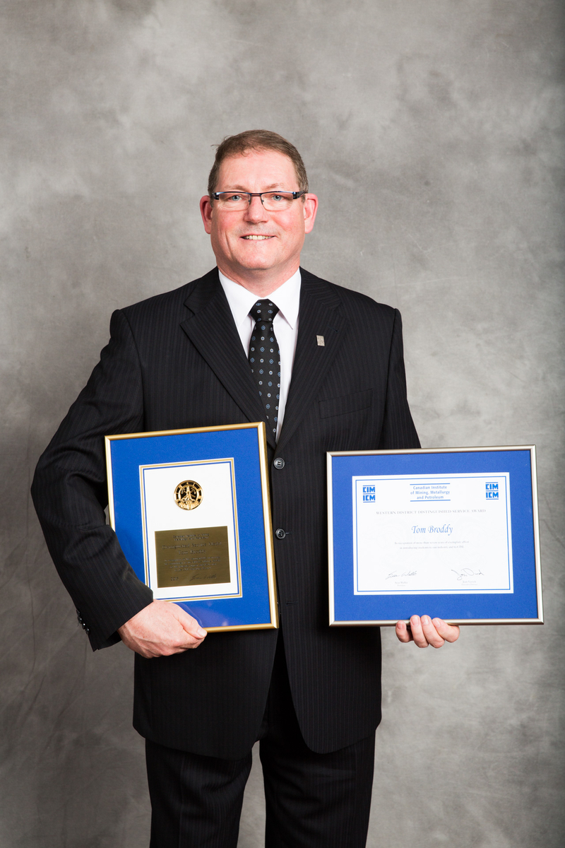 Tom Broddy - In recognition of his commendable mentoring, his commitment to the Surface Mining Society and his valuable support and dedication to the CIM Vancouver Branch.